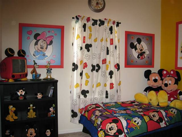 disney kids room