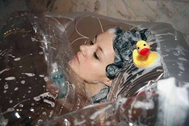 Top 10 worlds Strangest Showers10