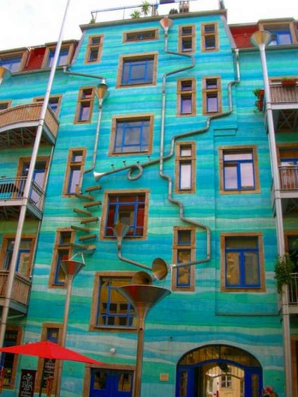 The Building with the sound of rain Dresden Germany 1