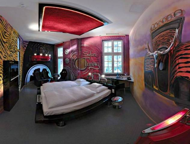 A-Hotel-for-Auto-Enthusiasts1