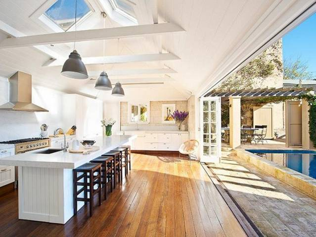 Beautiful house by collette dinnigan for Beautiful home designs inside outside