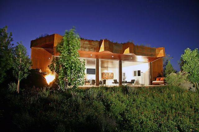 Tree-Boulder-House