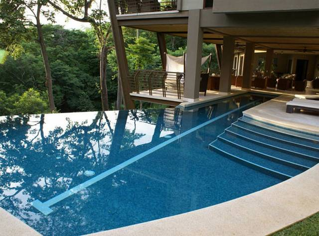 Amazing Courtyard Homes In Costa Rica2