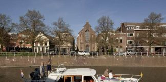 The-Old-Catholic-Church-By-Zecc-Architecten-In-Utrecht2