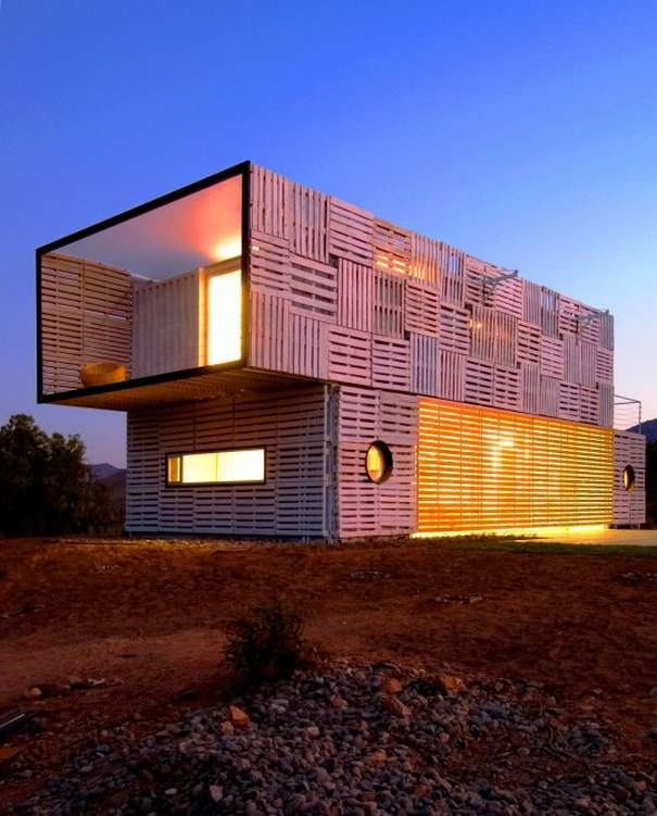 Shipping Container Home 605 x 751