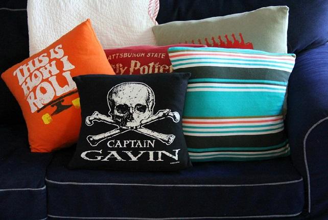 T-shirts pillows