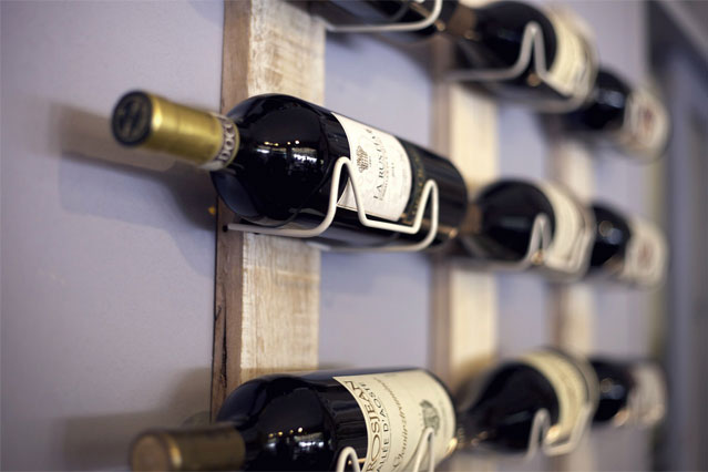 A-Personalized-Wine-Rack